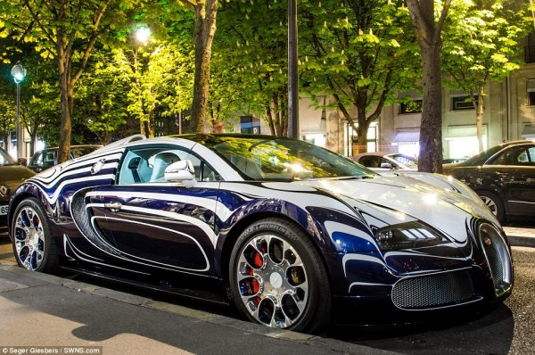 Bugatti Veyron Made Of Porcelain (6 photos) 1