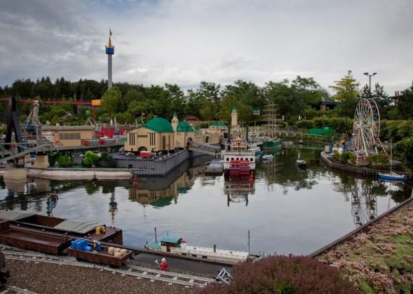 1311 Amazing Legoland in Germany (35 photos)
