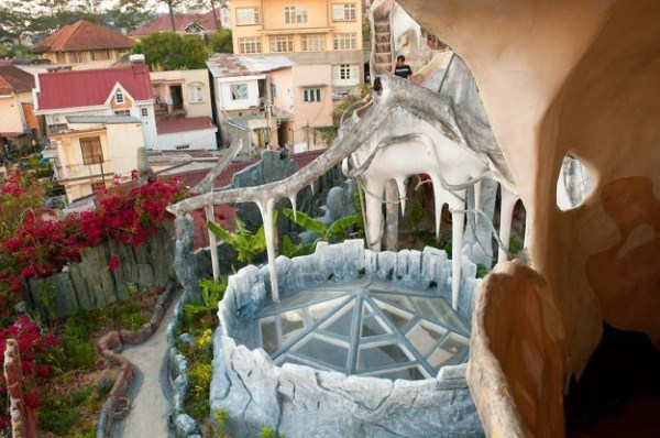 Crazy House In Vietnam (28 photos) 19