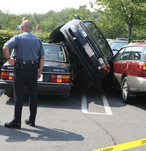 2149 Parking Fails (20 photos)