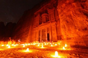 World Attractions at Night (25 photos) 23