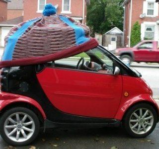 The Coolest Car Yarn Bombs (15 photos)