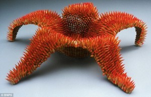Amazing Sculptures Made Out Of Pencils (10 photos) 3
