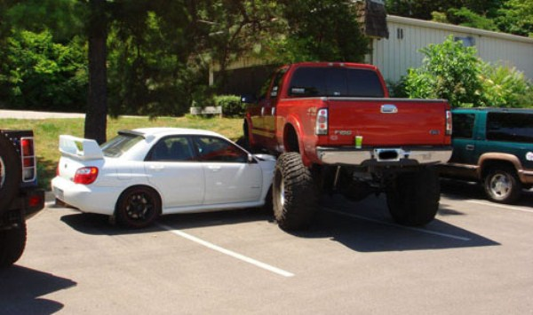 472 Parking Fails (20 photos)