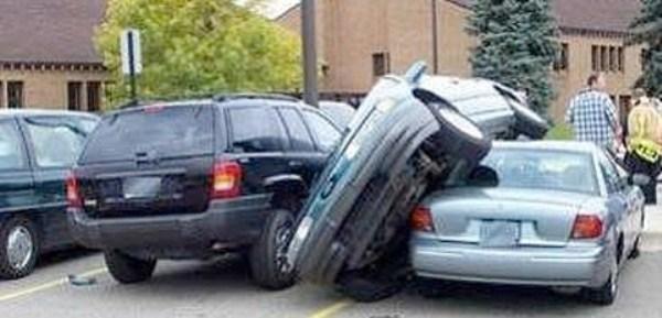 667 Parking Fails (20 photos)