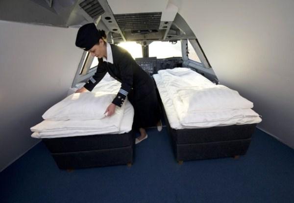 742 Unique Jumbo Hostel in Sweden (14 photos)