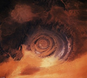 Alien-looking Landscapes On Earth (25 photos) 7