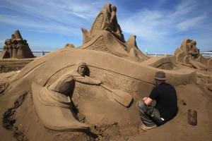 Sand Sculpture Festival (23 photos) 11