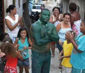 Real-Life Incredible Hulk (11 photos) 1