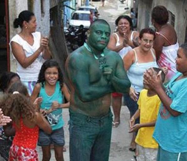 126 Real Life Incredible Hulk (11 photos)