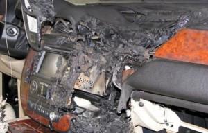 GPS Battery Explosion (5 photos) 4