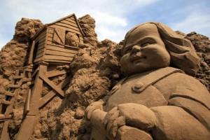 Sand Sculpture Festival (23 photos) 6