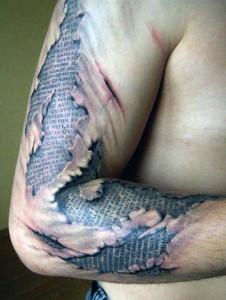 Terrifyingly Hyper-Realistic Tattoos (19 photos) 5