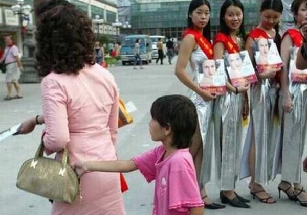 1134 Pick τσέπη στην Ασία (19 φωτογραφίες)