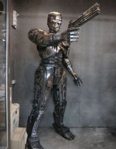 Steampunk Robocop (5 photos) 1