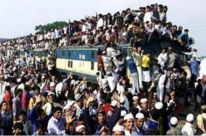 Overcrowded Trains in India (25 photos) 16