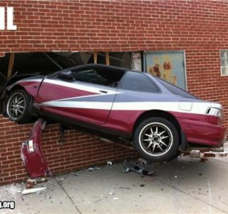 Some People Should Not Drive (30 photos)