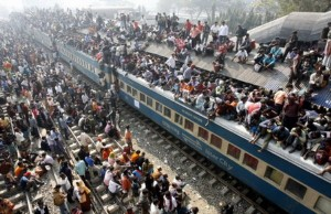 Overcrowded Trains in India (25 photos) 22