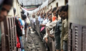 Overcrowded Trains in India (25 photos) 23