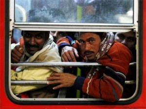 Overcrowded Trains in India (25 photos) 25