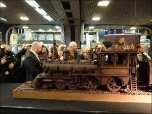 Chocolate Train (10 photos) 3