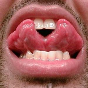Tongue Splitting (38 photos) 32