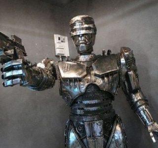 Steampunk Robocop (5 photos)