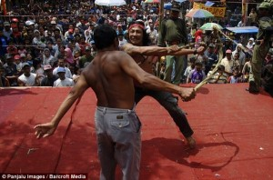 Brutal Whipping in Indonesia (9 photos) 4