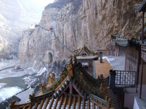 Hanging Temple in China (13 photos) 5