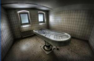 Abandoned Morgues (21 photos) 7