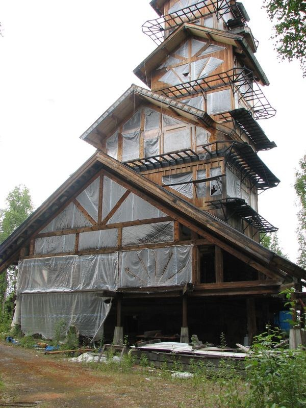 dr seuss house in alaska 3 Dr. Seuss House in Alaska (8 photos)