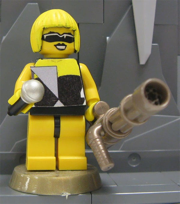 Lady Gaga Made Of Lego (12 photos) 1