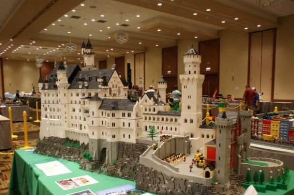 1128 Amazing Lego Creations (42 photos)