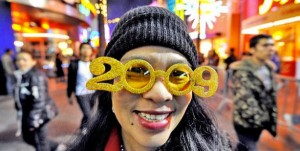 New Years Glasses Through the Years (16 photos) 12
