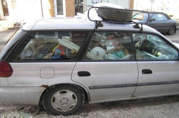 Cars Filled With Rubbish (20 photos) 14
