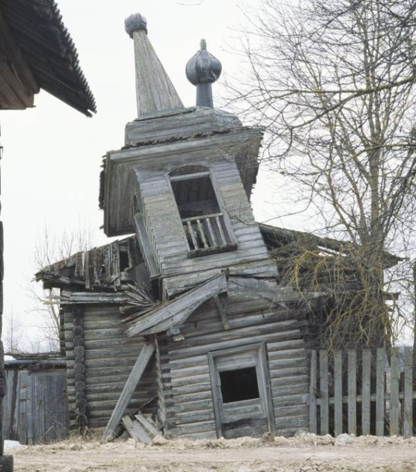 Abandoned Wooden Churches in Russia (28 photos) 2