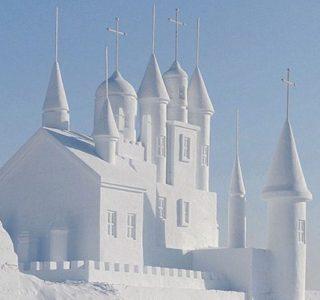 Incredible Sculptures Made Out Of Snow (8 photos)