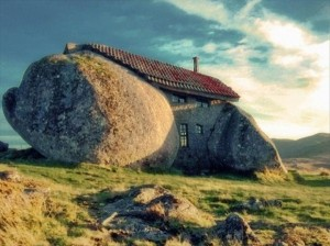 Unusual Houses (40 photos) 24