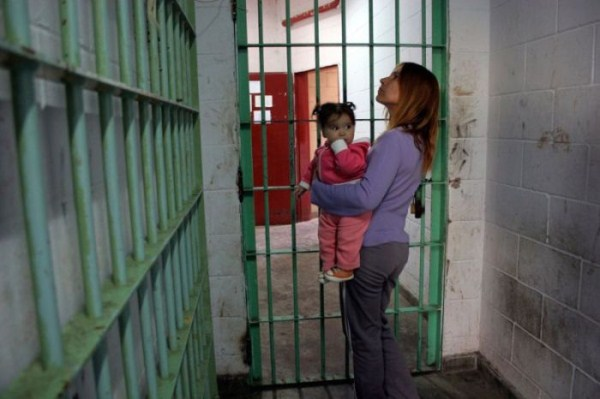 Mothers in Prison (30 photos) 26