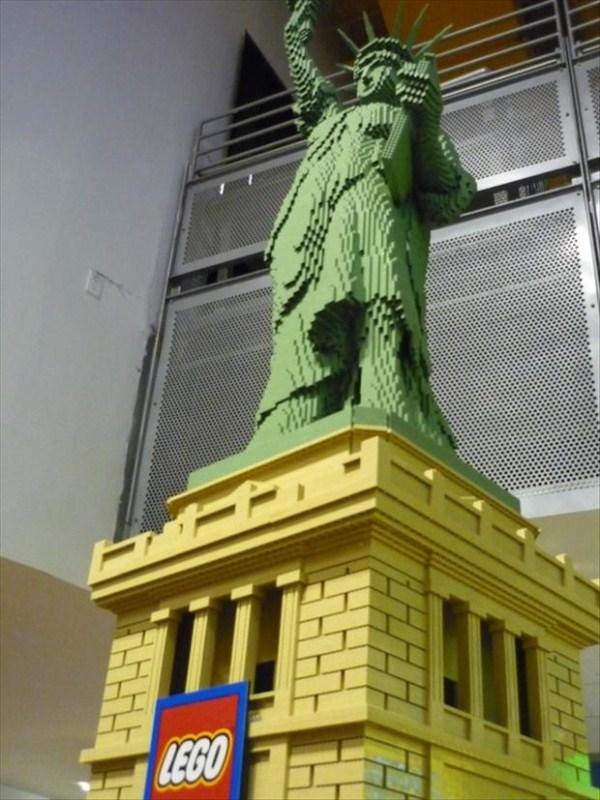 3012 Amazing Lego Creations (42 photos)