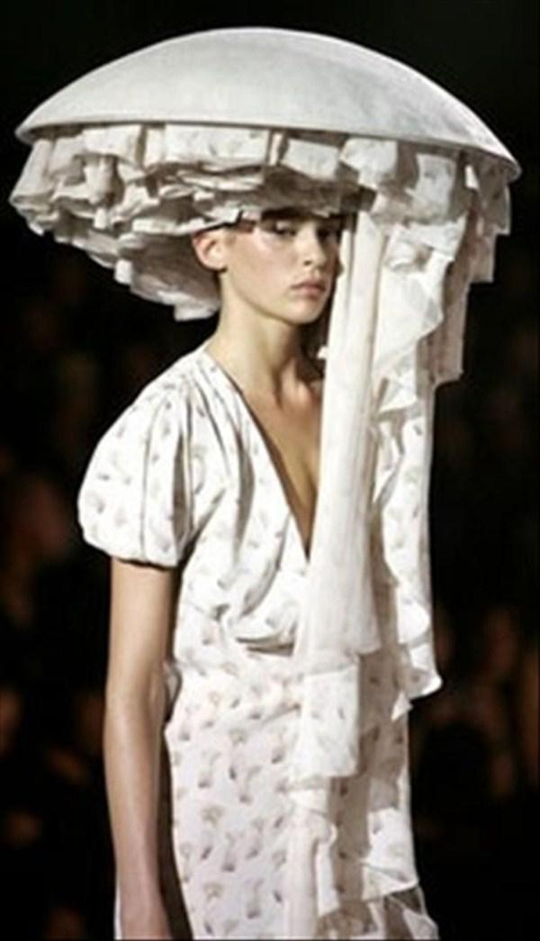 523 Crazy Fashion Designs (23 photos)