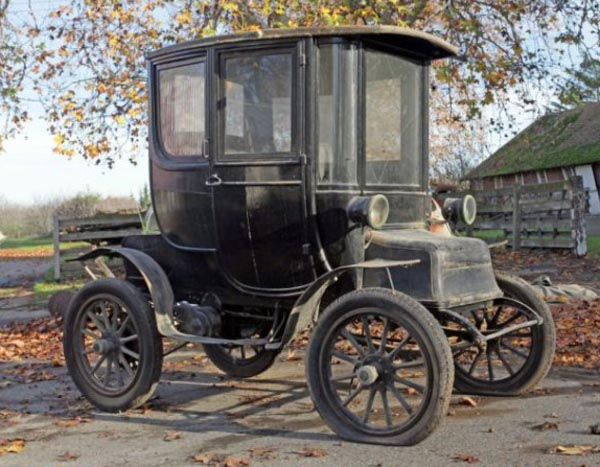 Electric Car from the Past (7 photos) 1