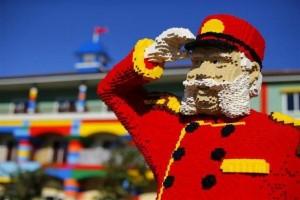 Lego Hotel (15 photos) 16