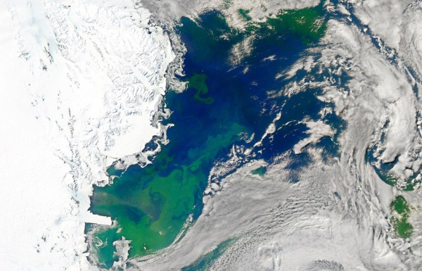 1712 Waters From Space (25 photos)