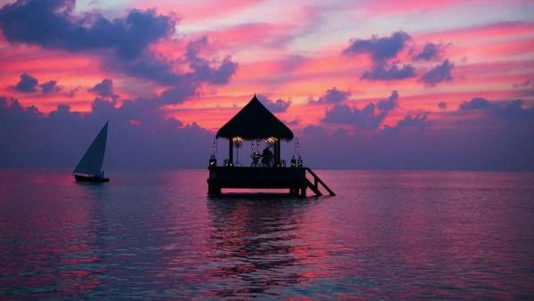 2012 Worlds Most Beautiful Restaurants (40 photos)