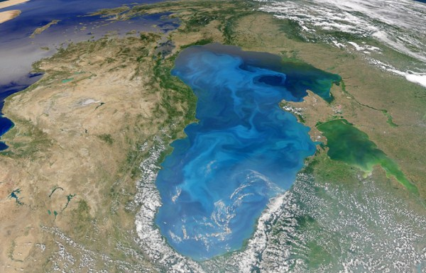 2311 Waters From Space (25 photos)