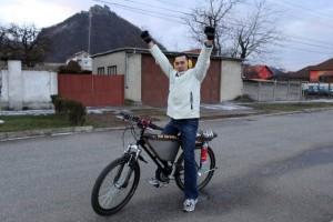 A Jet Engine Bicycle (15 photos) 6