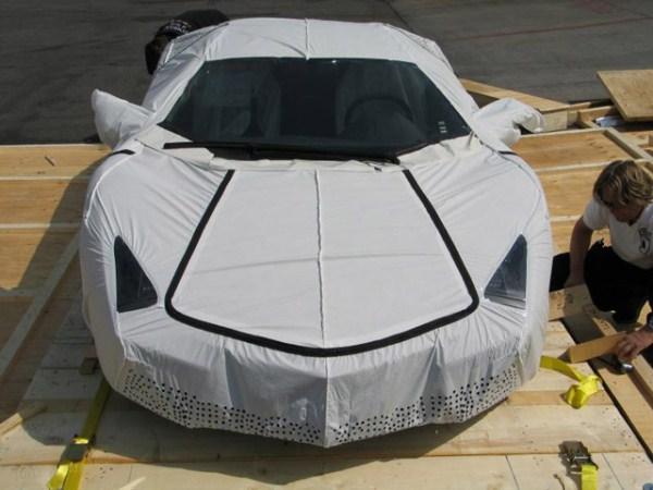 75 Η Unboxing της Lamborghini Reventon (17 φωτογραφίες)