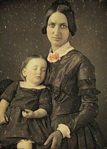 Victorian Photographs of the Deceased Relatives (39 photos) 7