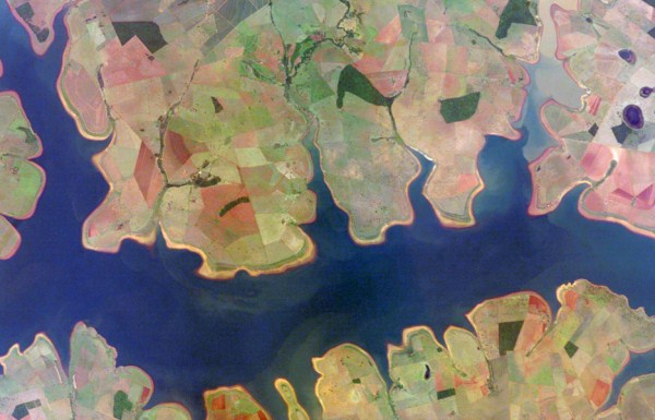 815 Waters Από το Διάστημα (25 φωτογραφίες)